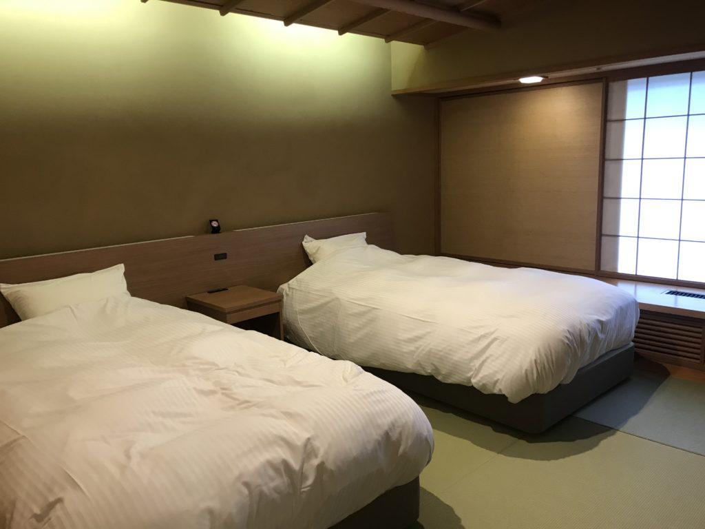 次の間付き客室 ツインベッド