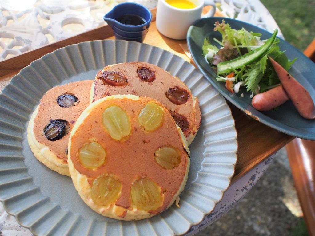 3種の葡萄のパンケーキのランチセット