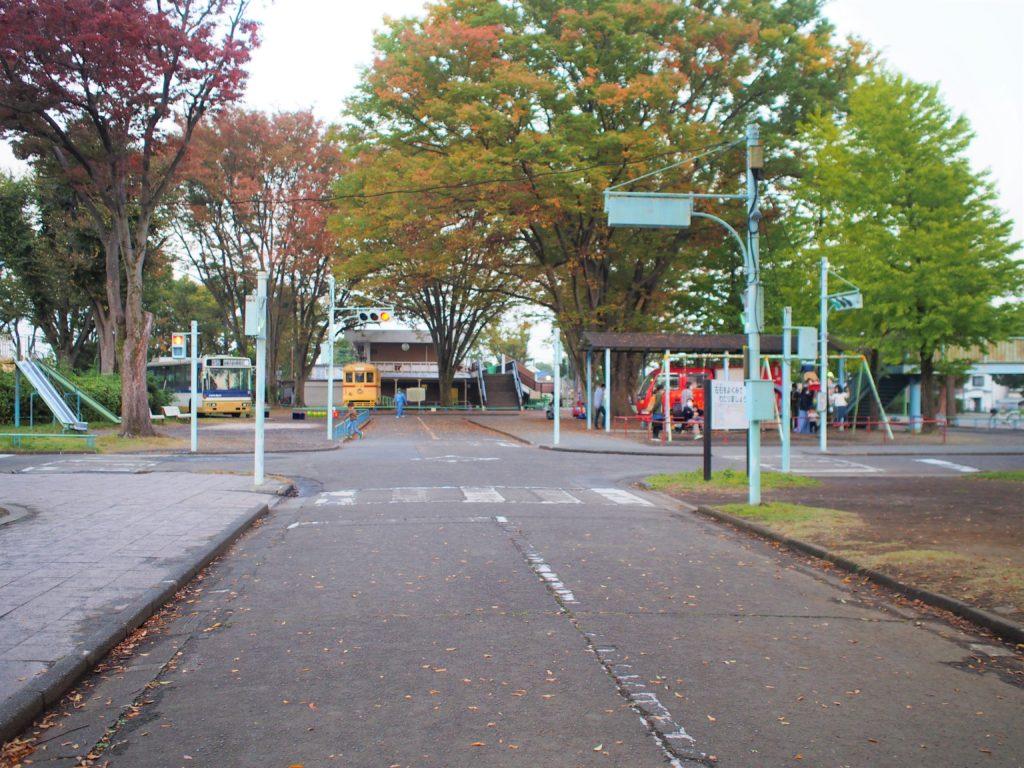 交通ルールを学べる「郷土の森公園」