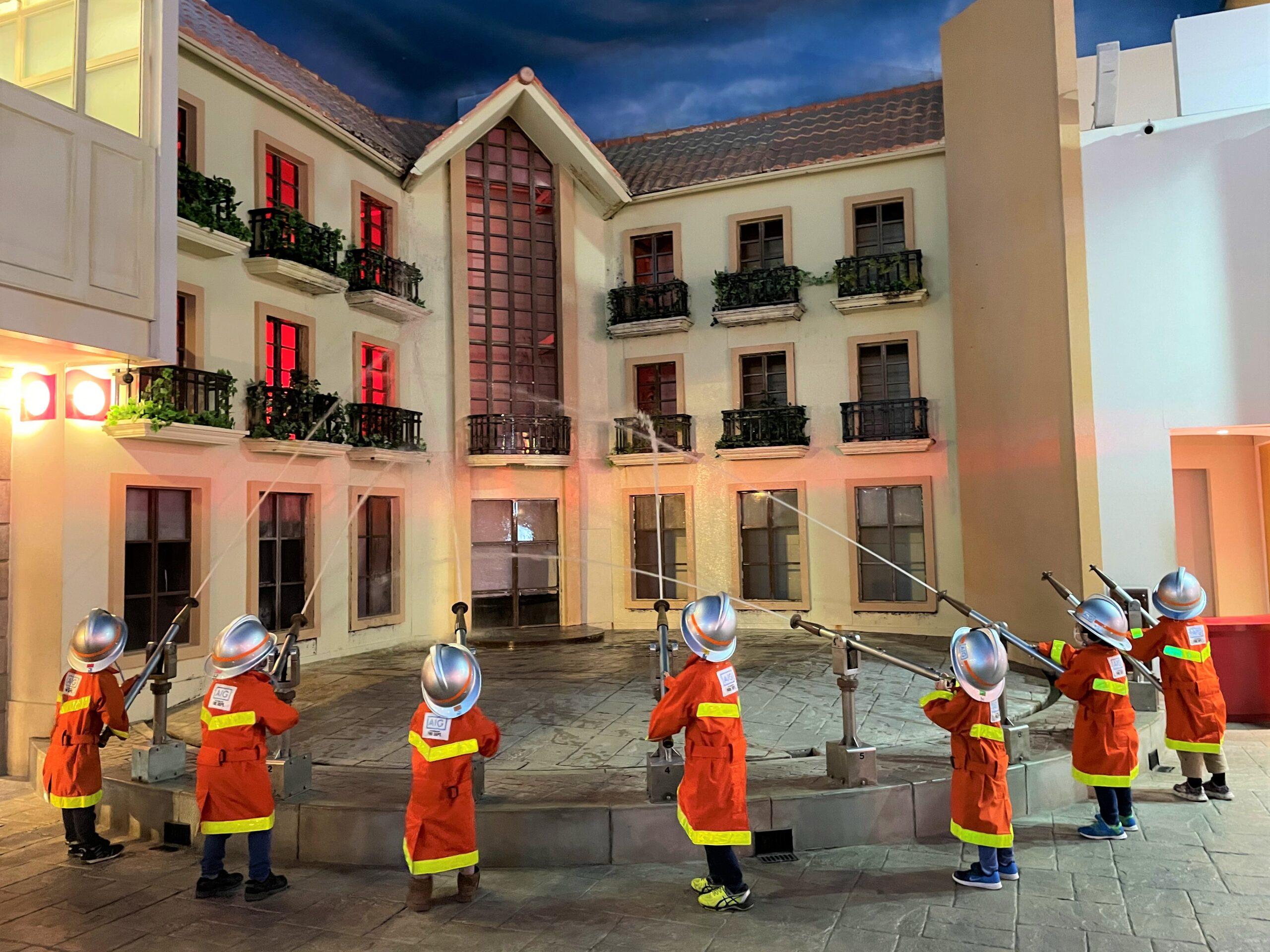 キッザニア東京 消防士体験