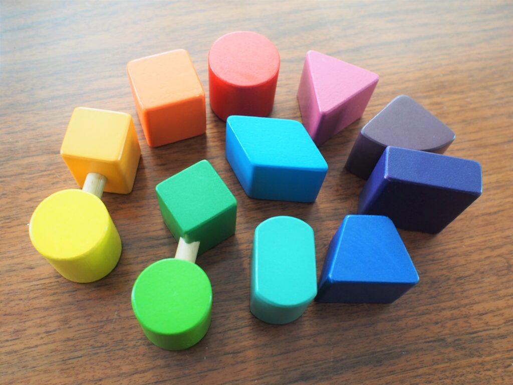色鮮やかなブロック